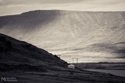 Light and shade in Hvalfjörður
