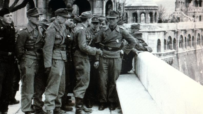 GermanSoldiersInHungary1944