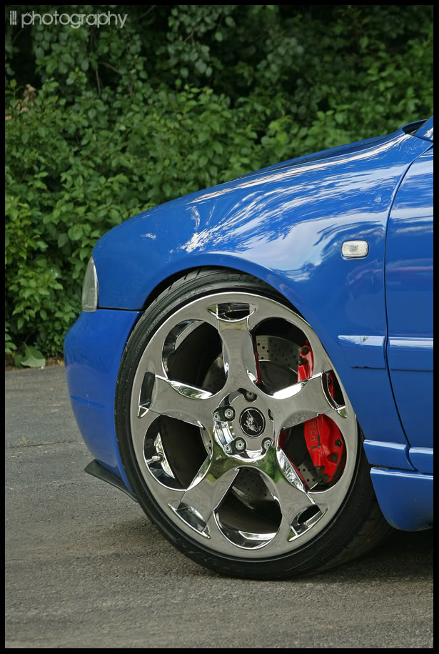 noggy-b5-s4-chrome-gallardo-wheels-front