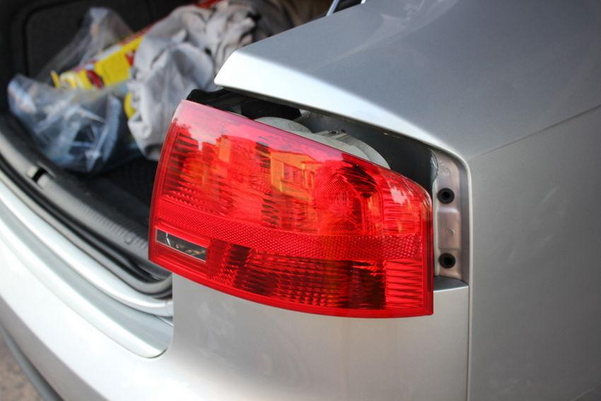 audi a4 brake light replacement nick s car blog rh nickscarblog com Audi A4 Owners ManualDownload Audi A4 Owners ManualDownload