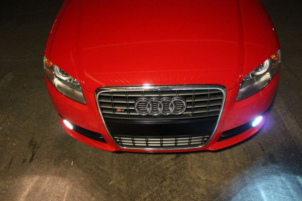 B7 S4 HID Fogs - Before & After