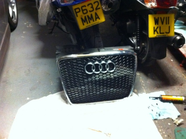 RS6 Grille for B7
