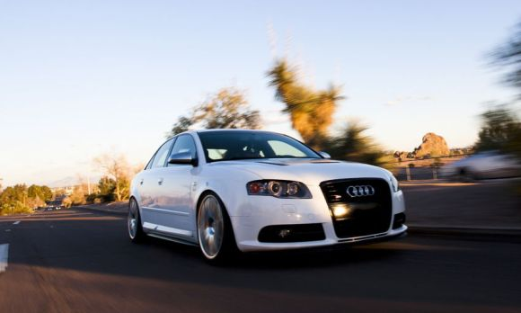 White B7 S4 Rolling