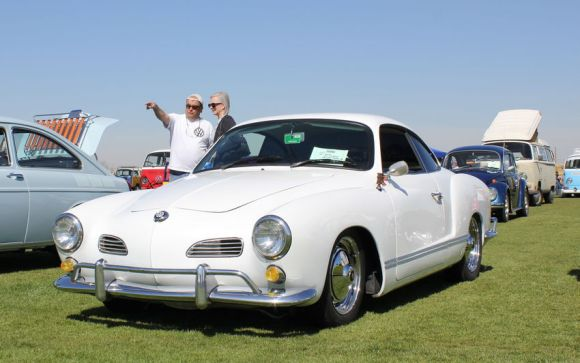 White VW Karmann Ghia