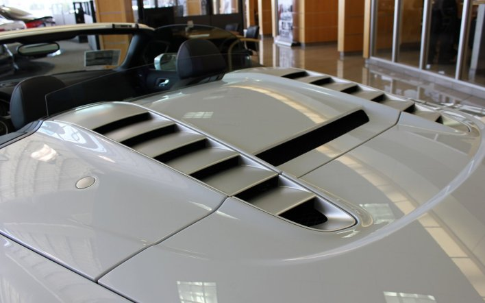 Audi R8 Convertible Decklid