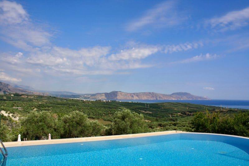 Top-Tipp: Ferienhaus mit Meerblick auf Kreta umgeben von Olivenhainen