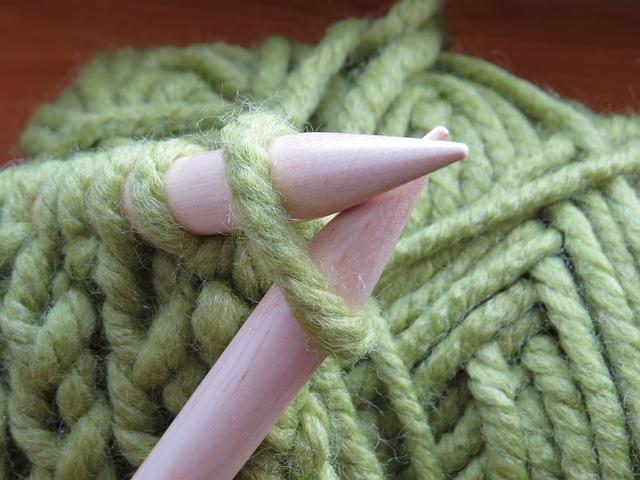 crochet vs. knitting
