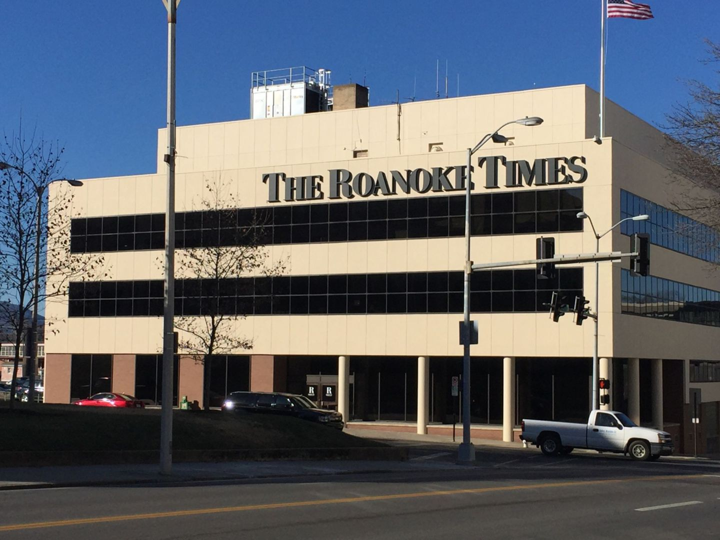 The Roanoke Times. Pic by @jabberingjourno