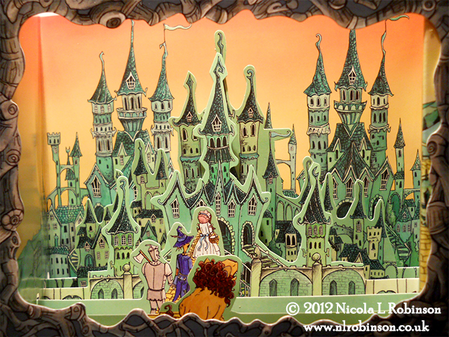 The Wizard of Oz Pop up book illustrations © Nicola L Robinson
