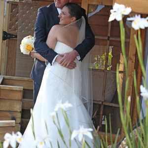 candid wedding photography at walnut grove wedding venue
