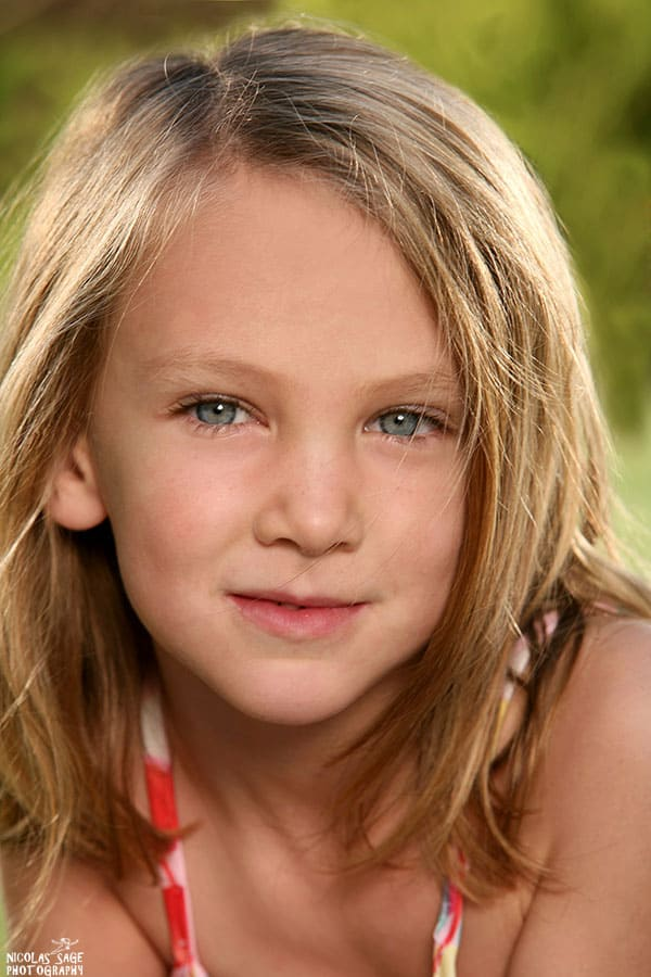beautiful child headshot in Los Angeles of a young girl