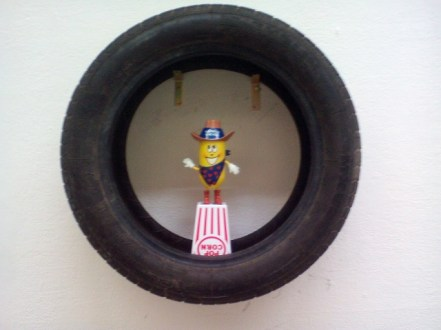 Twinkie the Kid in a tire