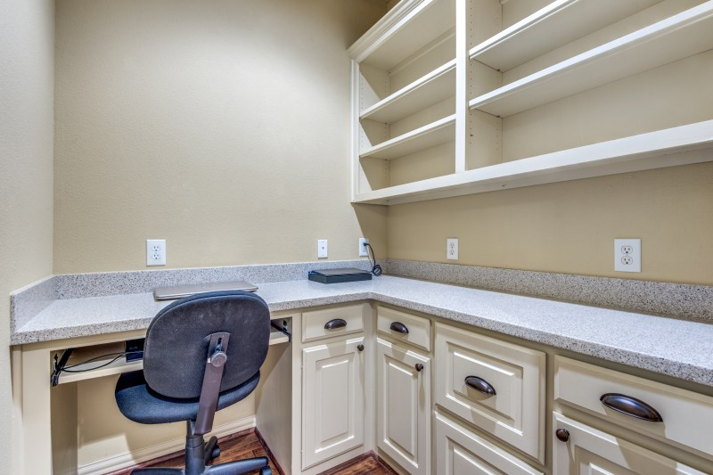 4327-castle-rock-ct-irving-tx-2-High-Res-19