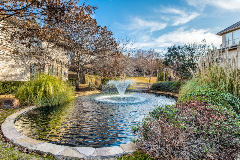 4327-castle-rock-ct-irving-tx-2-High-Res-35