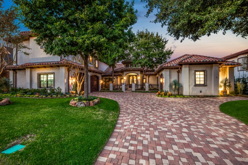 1717-cottonwood-valley-cir-s-irving-tx-High-Res-47