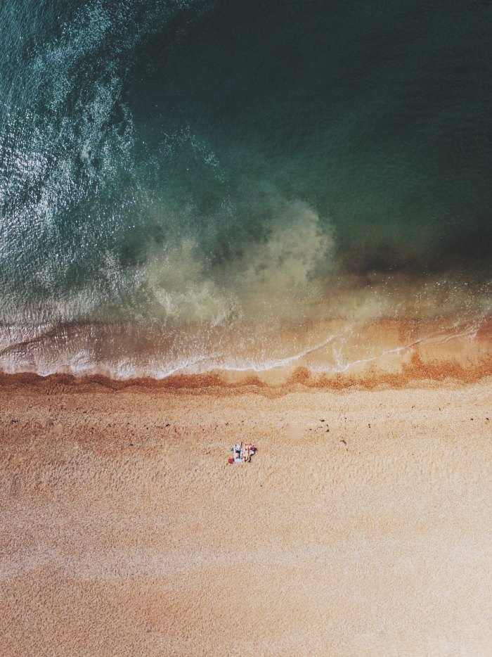 the beach - what to read on vacation