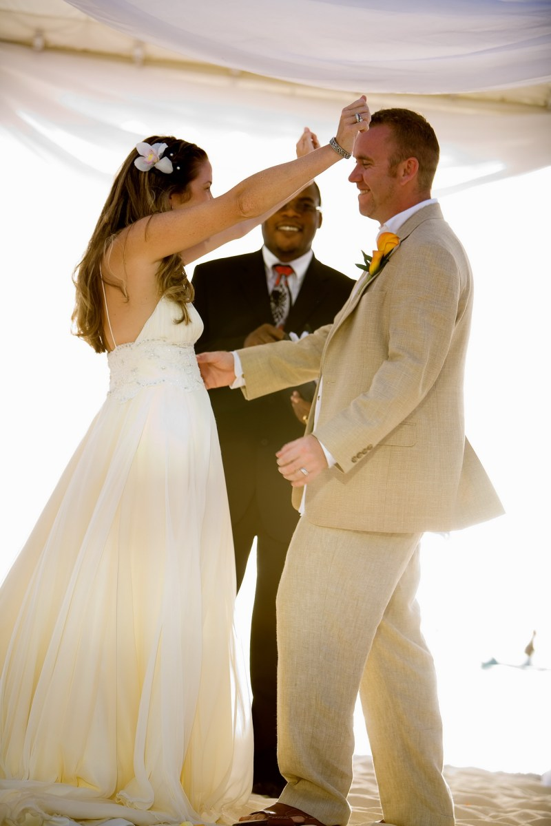 ritz carlton gramd cayman weddings 22