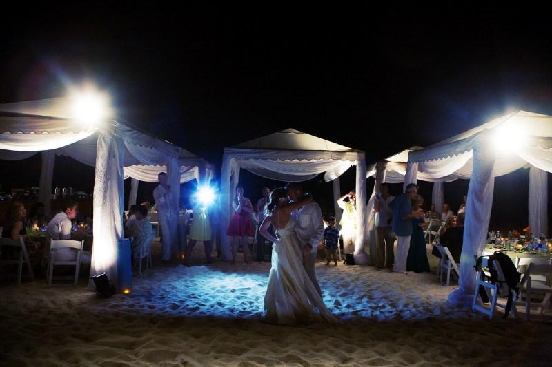 ritz carlton gramd cayman weddings 38