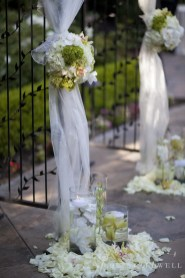 Franciscan Garden Weddings san Juan Capistrano photo by Nicole Caldwell Studio 01055