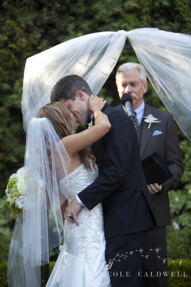 Franciscan Garden Weddings san Juan Capistrano photo by Nicole Caldwell Studio 01063