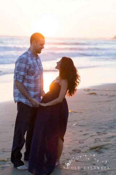 laguna-beach-maternity-photography-by-nicole-caldwell-04