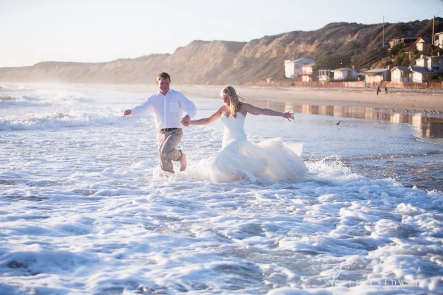 trash-the-dress-laguna-beach-wedding-09
