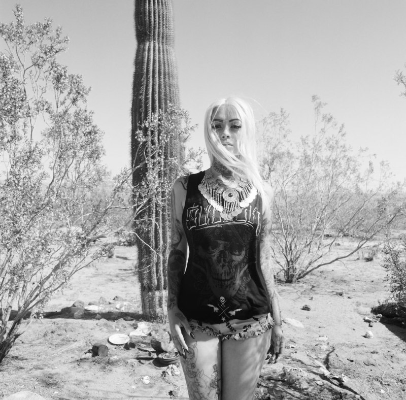 film_fashion_photographer_nicole_caldwell_hasselbald_sullen_clothing_025