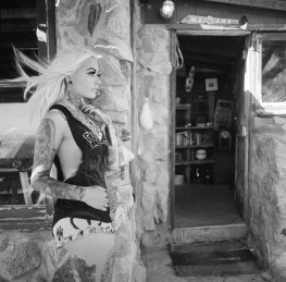 film_fashion_photographer_nicole_caldwell_hasselbald_sullen_clothing_026