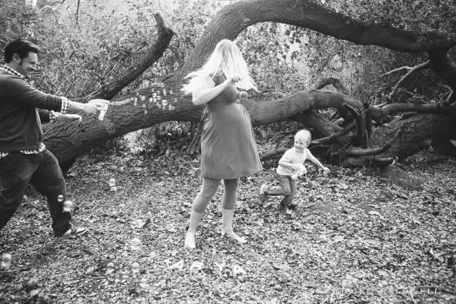 maternity photos in the park by oc photographer nicole caldwell 06