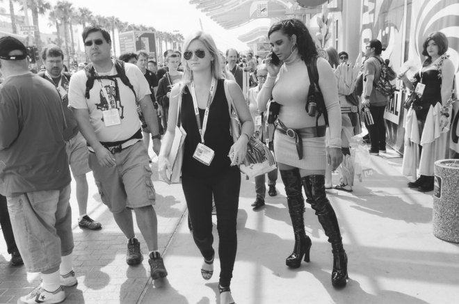 comic-con-san-diego-black-and-white-film-photographs-Nicole-Caldwell-a02