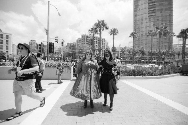 comic-con-san-diego-black-and-white-film-photographs-Nicole-Caldwell-a24