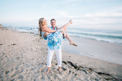 laguna-beach-engagement-photo-locations-crystal-cove-beach-09
