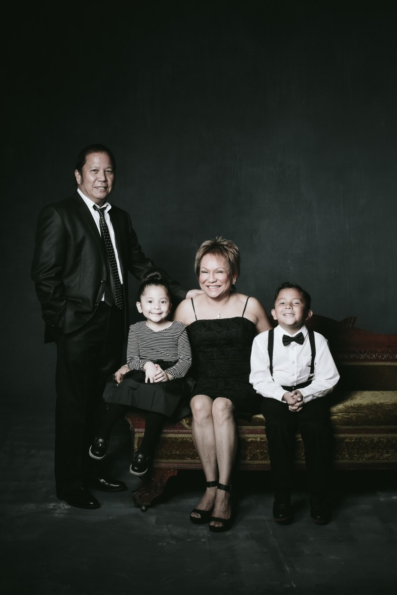 top oramge county photography studio for family photographs 17