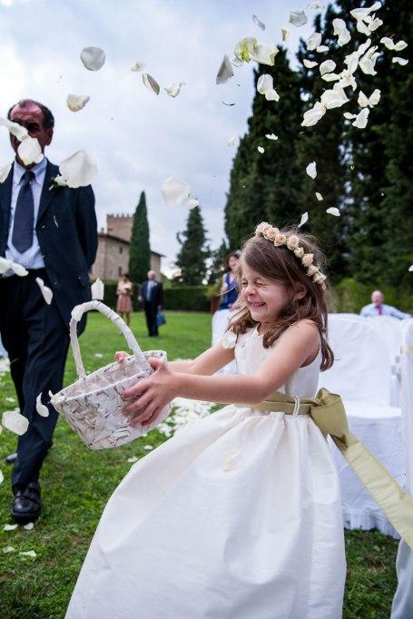 Tuscany_wedding_italy_destination_photographer_nicole_caldwell19