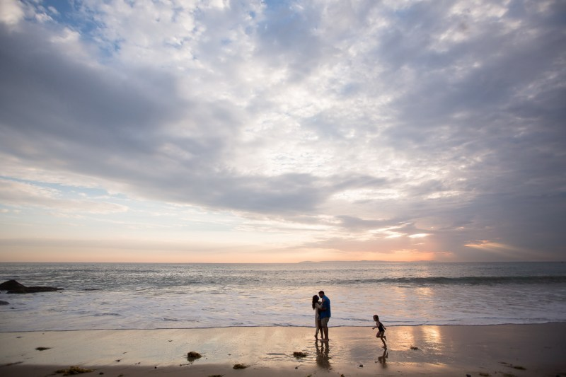 crystal cove lagune beach engagement photos by nicole caldwell 08