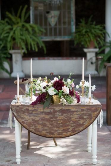 French estate wedding photographer orange details head table