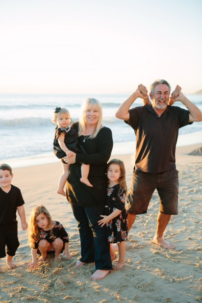 family beach photographer laguna beach crystal cove nicole caldwell27