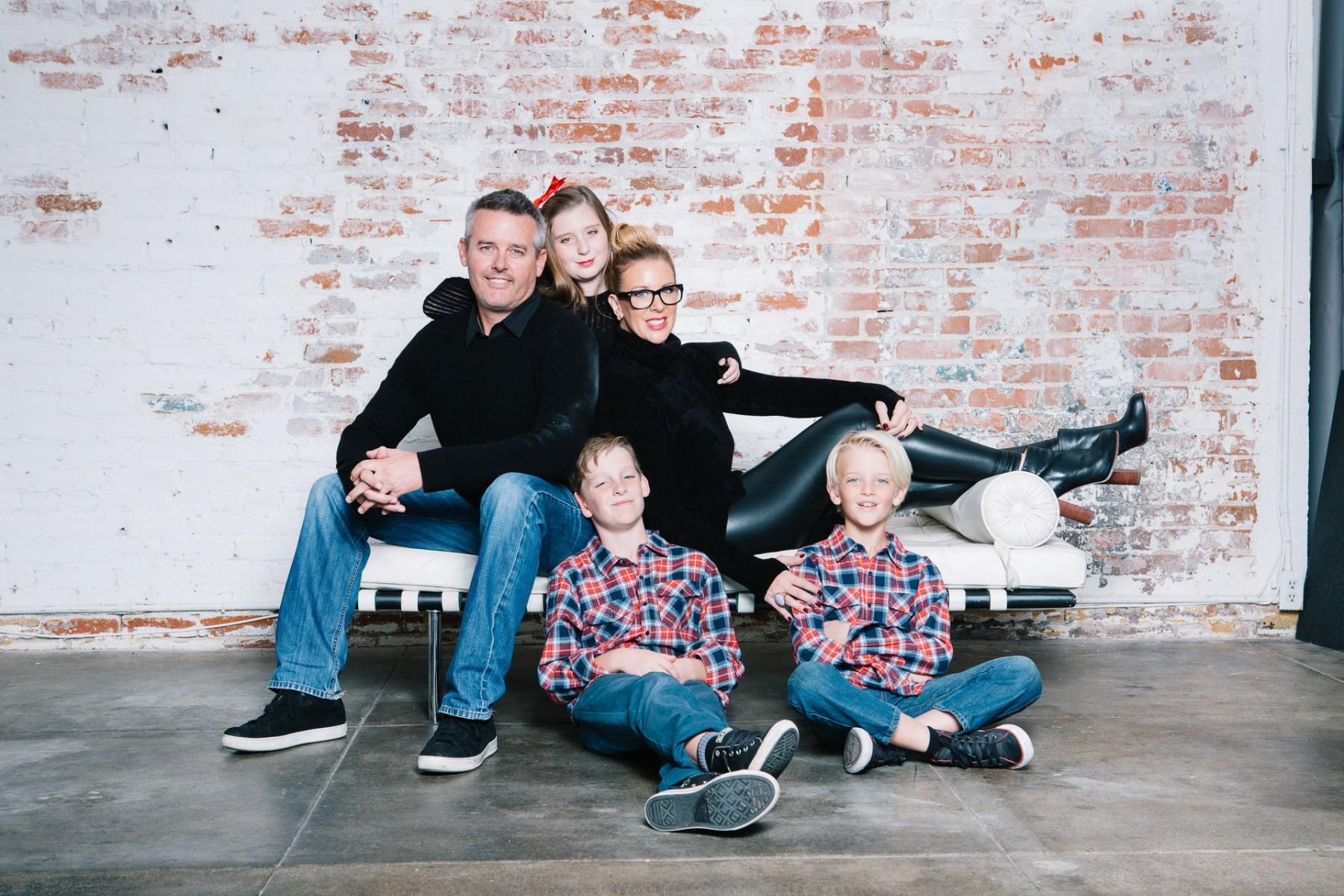 Family Photo Ideas Brick Backdrop Photography Studio