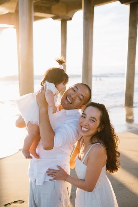 huntington beach pier family photos nicole caldwell 03