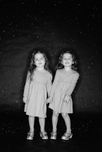 photos of twins in studio 03