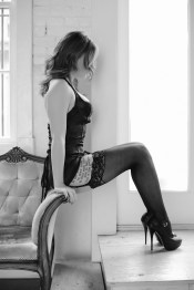 top orange county boudoir photography studio female photographer nicole caldwell natural light