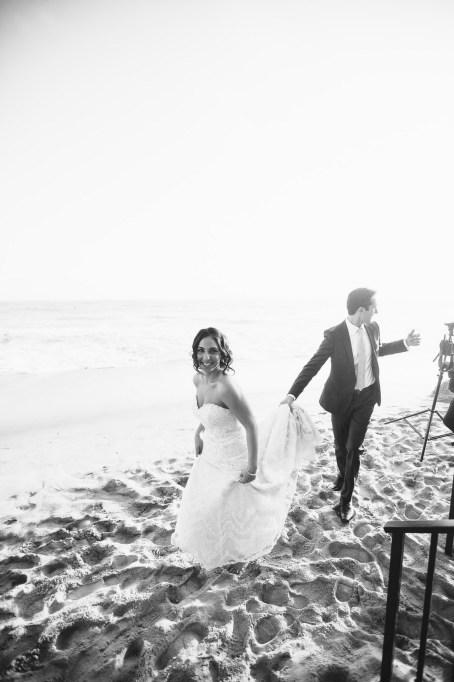 lagune beach weddings surf and sand resort by nicole caldwell 30