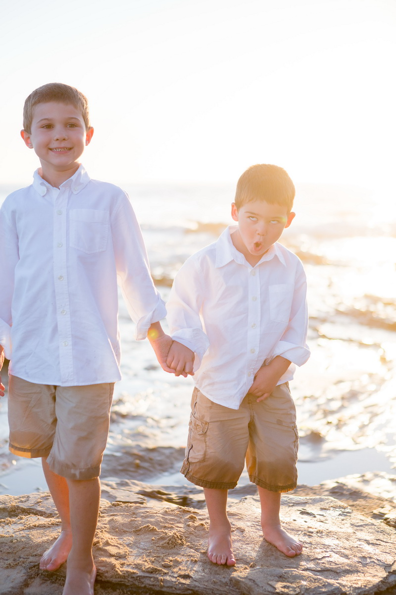 laguna becah family photography at crystal cove state park by nicole caldwell 19