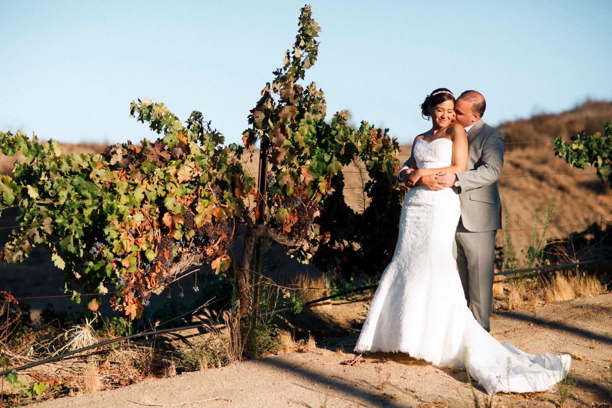 artistic temecula wedding photographer inn at churon winery