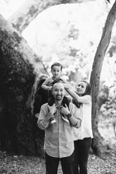 family-photographer-orange-co9unty-nicole-caldwell-park-location-11