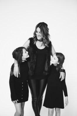 mother-daughter-photos-photogrphay-studio-nicole-caldwell-orange-county-05