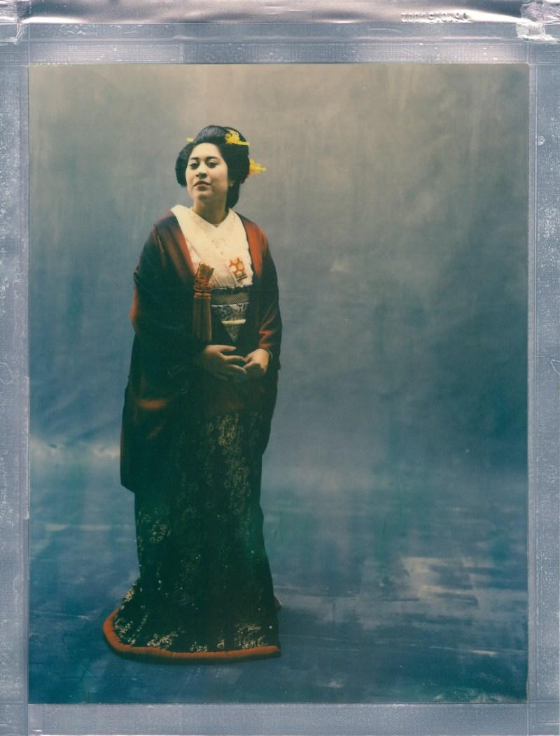 color 8 x 10 poalroid imposible project film nicole caldwell kimono 01