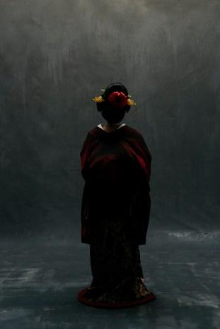 fashion photographer orange county nicole caldwell 08 traditional kimono