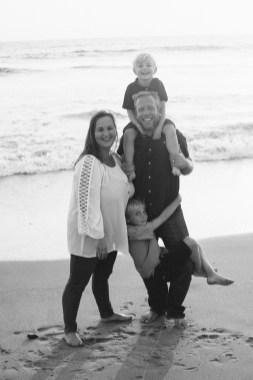 family photographer san clemente pier nicole caldwell 11