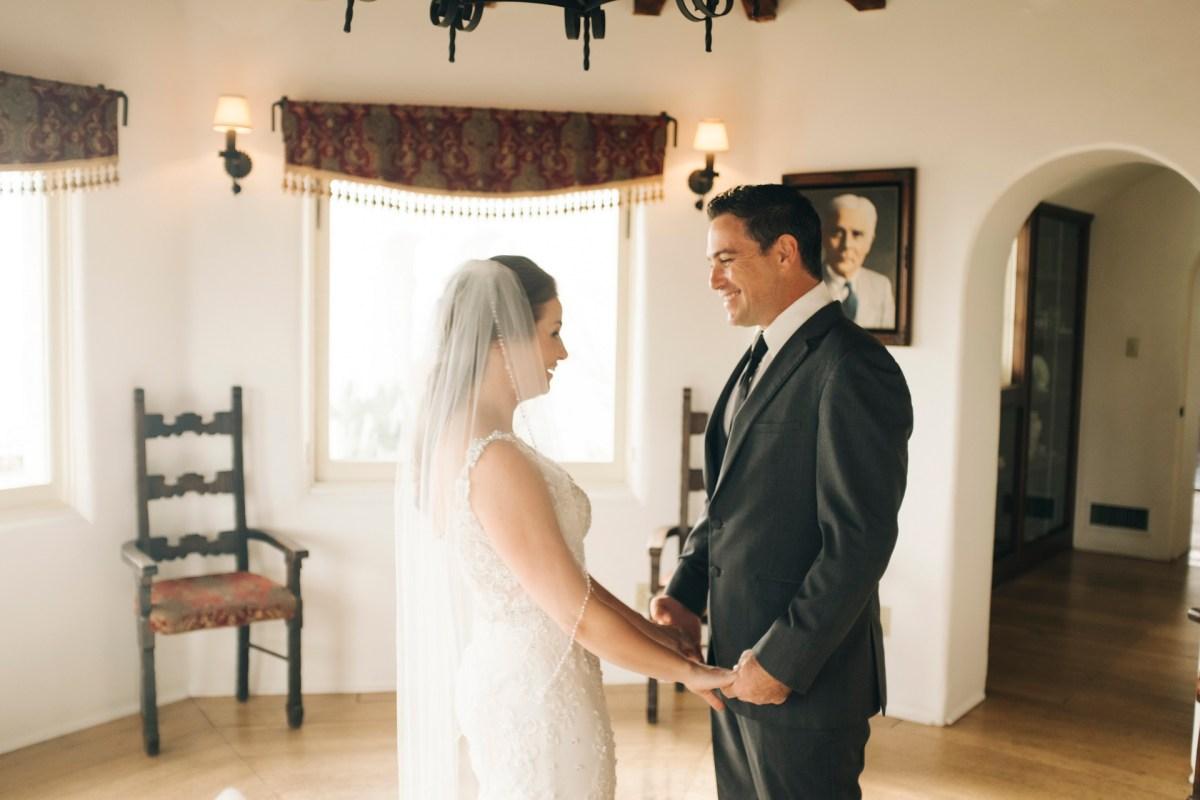 casa romantica san clemente wedding photographer artistic frist look